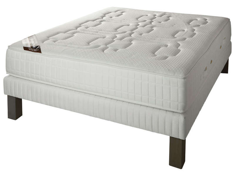 matelas simmons chelsea park photo matelas neuf simmons. Black Bedroom Furniture Sets. Home Design Ideas