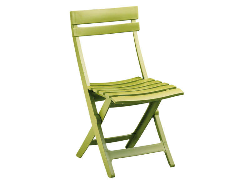 Chaise pliante miami coloris vert anis chez conforama for Casa chaise pliante