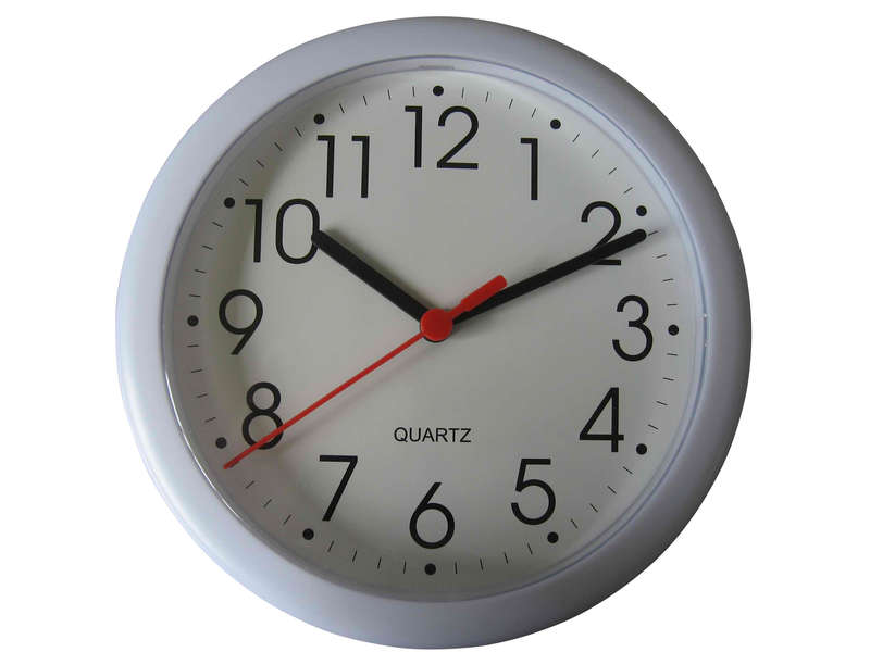 Horloge 20 cm first coloris blanc vente de horloge conforama for Pendule rouge cuisine