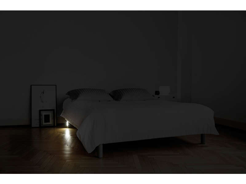 pieds de lit lumineux quintus coloris anthracite vente de pied de lit conforama. Black Bedroom Furniture Sets. Home Design Ideas
